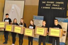 """Dzień Otwarty """"Ekonomika"""" - nowy kierunek technik logistyki - miechowski.pl - fot. Krzysztof Capiga"""