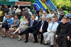 Pola Nadziei 2016 - przybyli goście i zebrana publiczność - miechowski.pl - fot. K. Capiga