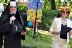 Pola Nadziei 2016 - szefowa Hospicjum s. Benedykta i Ewa Wojciechowicz - miechowski.pl - fot. K. Capiga