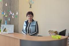 Bibliotekarka Bożena Kuraj na stanowisku - biblioteka w Kozłowie - fot. K.Capiga - miechowski.pl