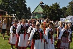 Dożynki Powiatowe i Gołeckie Żniwogranie w Przybysławicach - miechowski.pl