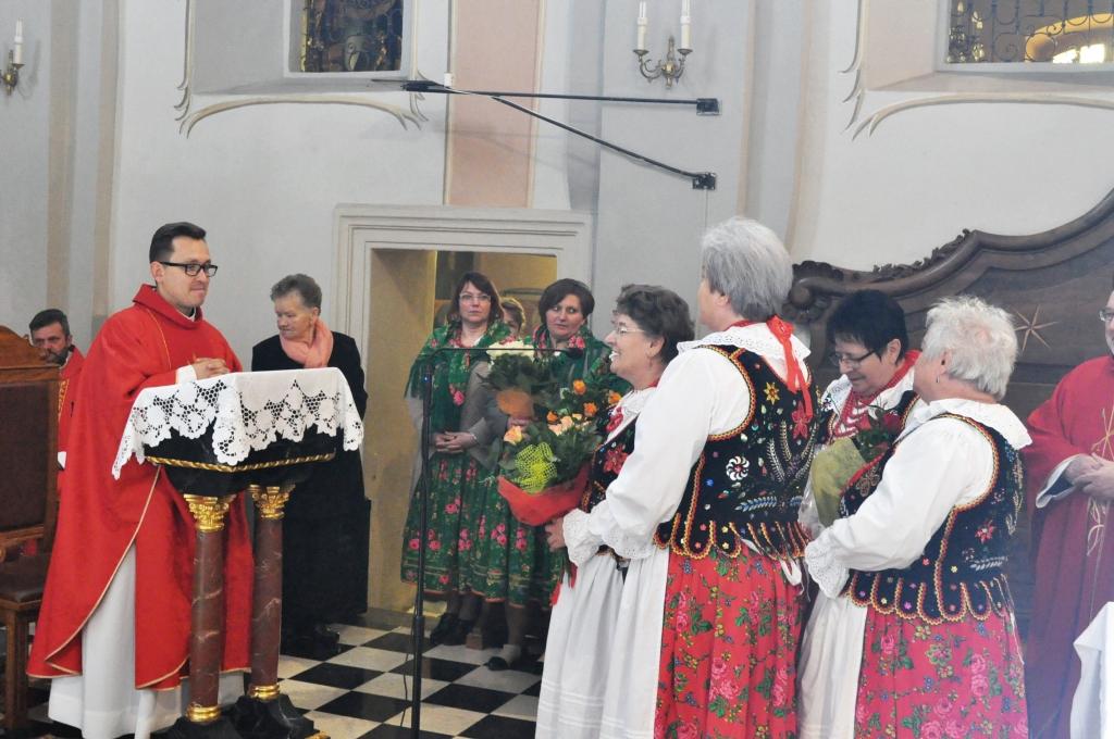 Odpust Parafialny w Książu Wielkim - życzenia dla księży Wojciechów - fot. Krzysztof Capiga - miechowski.pl