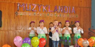 """""""Krasnale"""" na Muzyklandii - miechowski.pl - fot. K.Capiga"""
