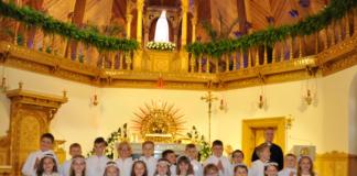 Trzecioklasiści z Ksiaża Wielkiego w Sanktuarium na Krzeptówkach