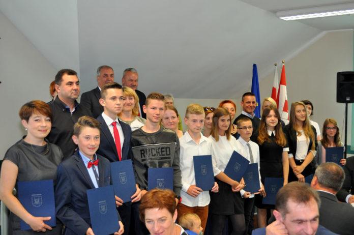 Najlepsi uczniowie w gminie Gołcza i ich rodzice