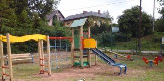 Nowy plac zabaw na boisku w Kalinie Wielkiej - miechowski.pl