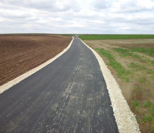 Przebudowana droga w Jazdowicach - miechowski.pl
