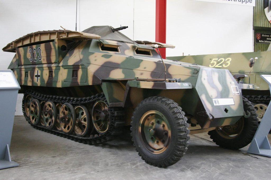 Tak wygląda jeden z modeli transportera SdKfz 251 źródło: https://pl.wikipedia.org