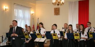 """Młodzieżowa Orkiestra Dęta """"Hejnał"""" z Chodowa"""