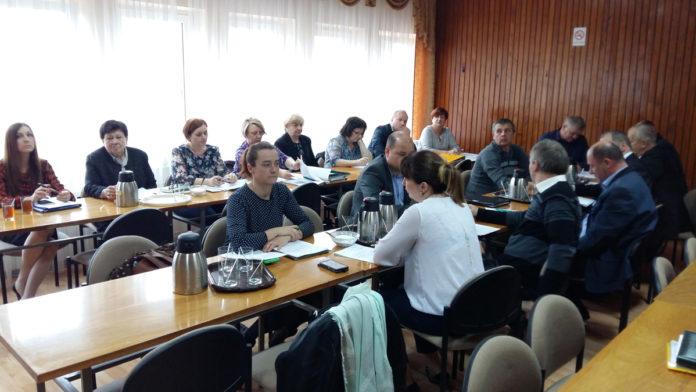Sesja Rady Gminy w Słaboszowie - 27 kwietnia 2017
