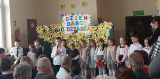 Dzień Babci i Dziadka w Szkole Podstawowej w Pojalowicach