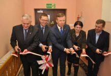 Przecięcie wstęgi oficjalnie zainaugurowało działalność Środowiskowego Domu Samopomocy w Kępiu