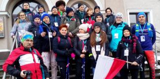 Uczestnicy VIII Miechowski Marszu Szlakiem Powstańców