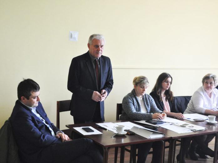 Wójt Jan Zbigniew Basa prezentuje plany inwestycyjne na 2018 rok