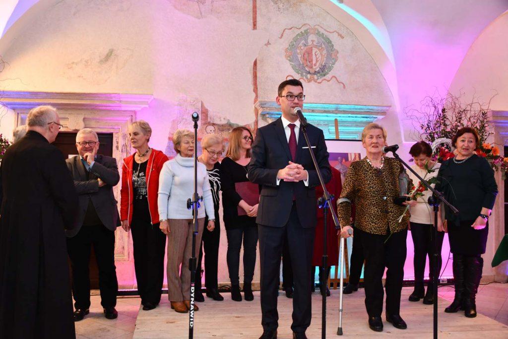 Rada Seniorów w Miechowie zdobywcą statuetki Macieja Miechowity - fot. K. Capiga