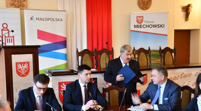 WIcemarszałkowie Małopolski w Starostwie Powiatowym w Miechowie