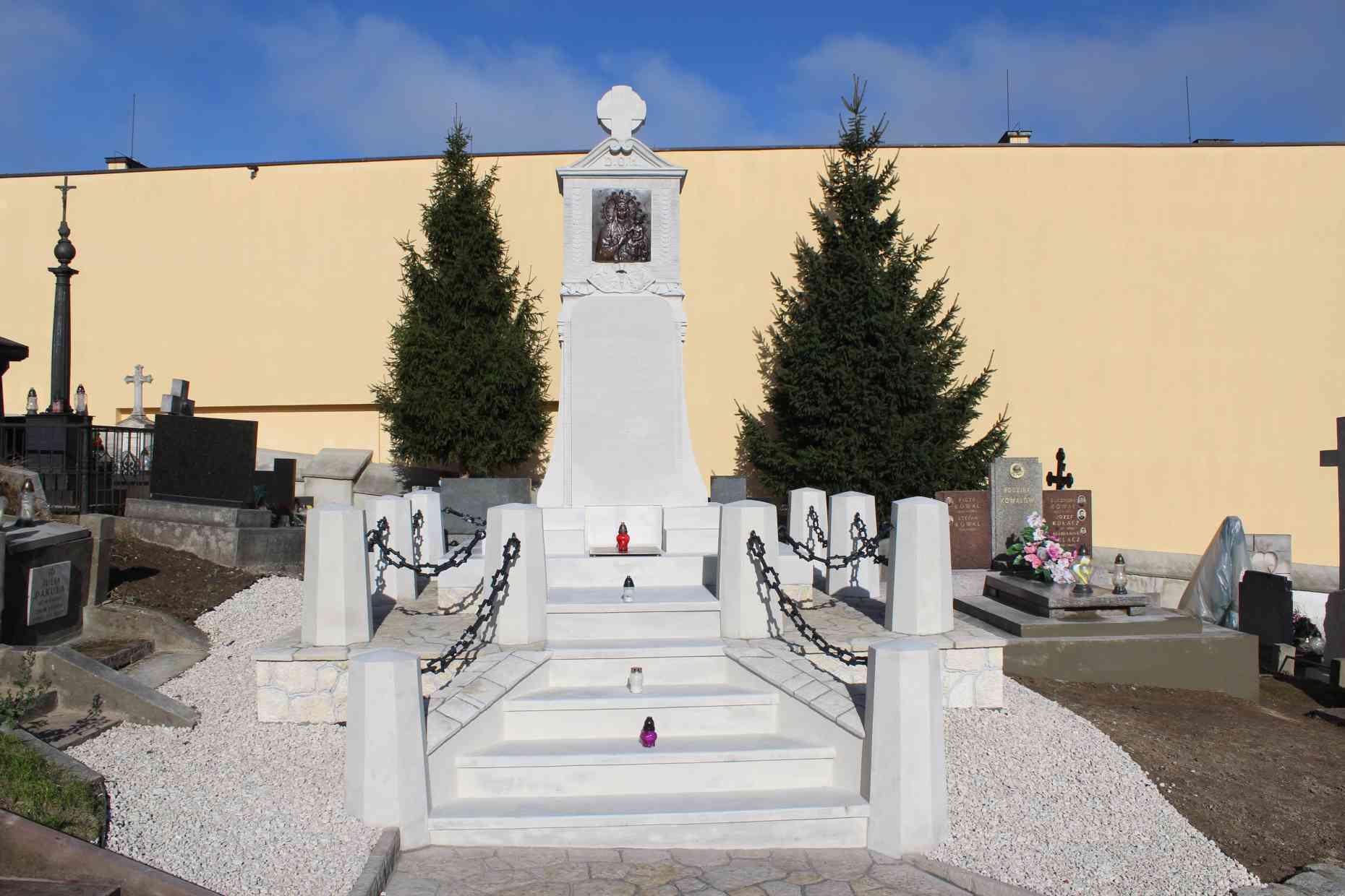 Pomnik-powstania-w-miechowie-02