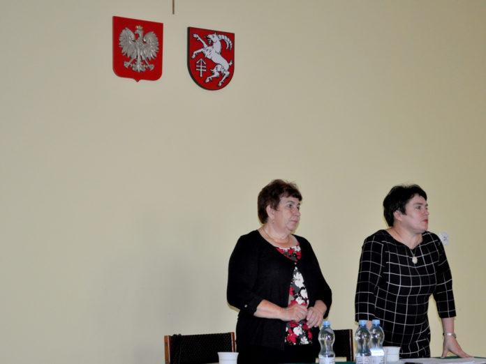 Od prawej: przewodnicząca RG Teresa Florek i jej zastępca - Teresa Gacek - miechowski.pl